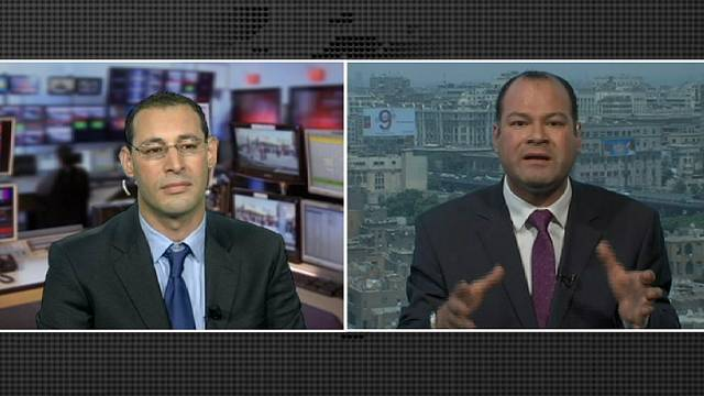Канатоходец Мурси - над пропастью военных