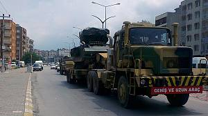 Turkey sends military convoys to Syria border