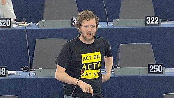 MEPs get ready to act on ACTA