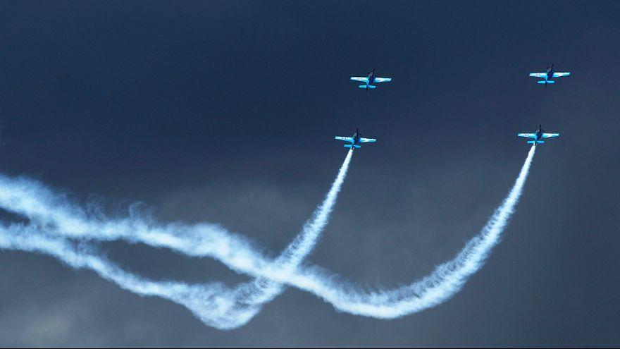 Havadaki rekabet Farnborough'da da sürüyor