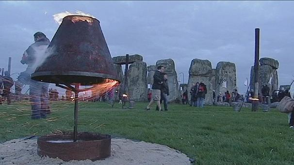 Stonehenge gets fired up for London 2012