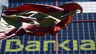 أسبانيا تواجه شروطا قاسية لتلقي حزمة إنقاذ مصارفها
