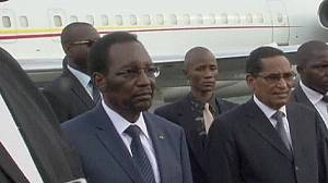 President returns to Mali after mob attack