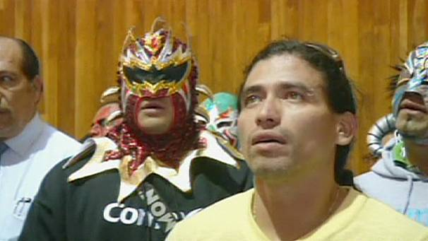 Mexican wrestlers' pilgrimage