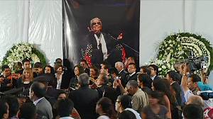 Mexico: Vigil held for singer Chavela Vargas