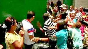 Armed prisoners riot in Venezuela