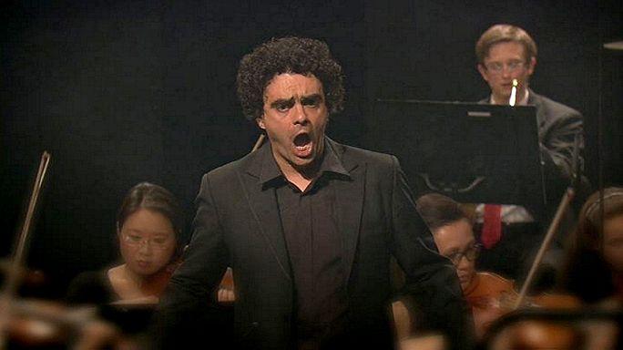 فيللازون يغني موزار في فيربيه السويسرية