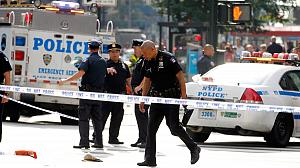 New York: Deadly shooting near Empire State Building
