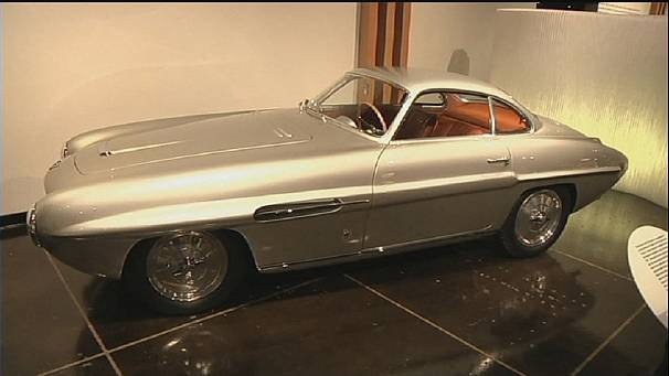 Italian car design revs up Los Angeles