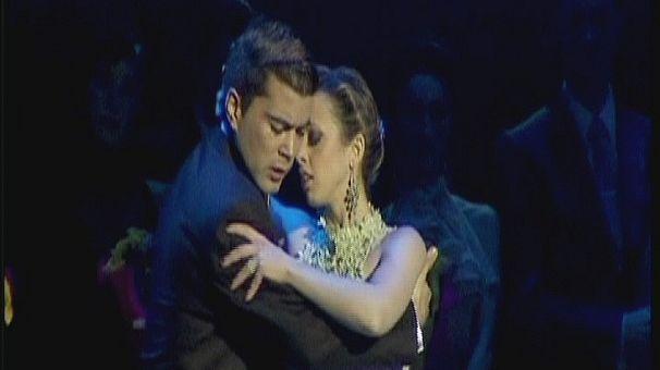 Argentine couple tango to victory