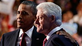 Clinton supports Obama as he becomes official Democrat presidential candidate