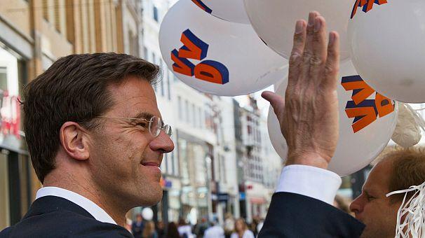 Mark Rutte va poursuivre sur la voie de l'Europe