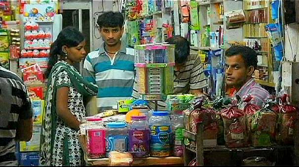 Indian stores fear global behemoths