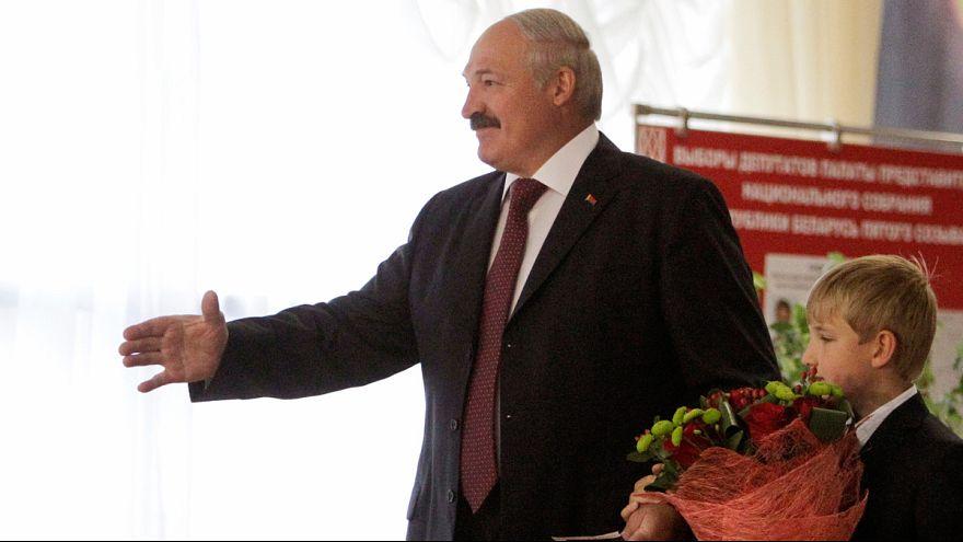UE poderá reforçar sanções contra a Bielorrússia