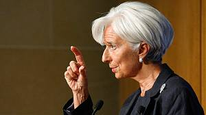 Lagarde calls for decisive eurozone action