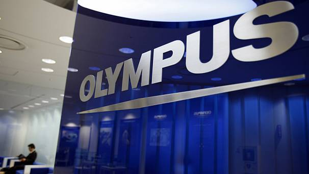 Former Olympus executives plead guilty in fraud trial