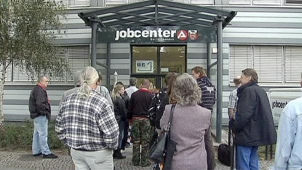 German job growth weakens further