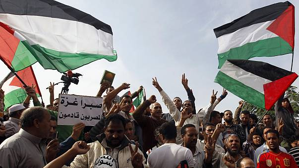 Egypt president treads a fine line between Palestinians and Israel