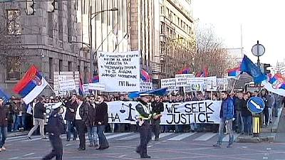 Serbian students protest against war crimes tribunal