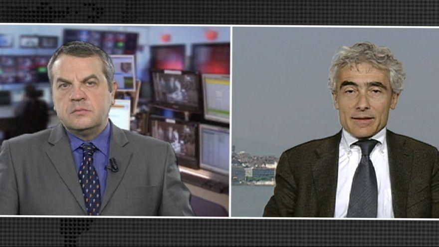 La démission annoncée de Mario Monti provoque une secousse financière