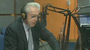 Monti opens campaign with pledge to cut labour taxes