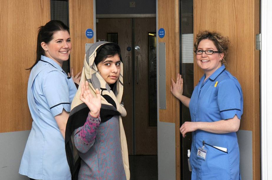 Malala Yousufzai leaves Birmingham hospital