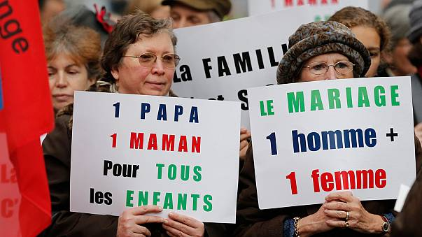 Casamento gay agita a França