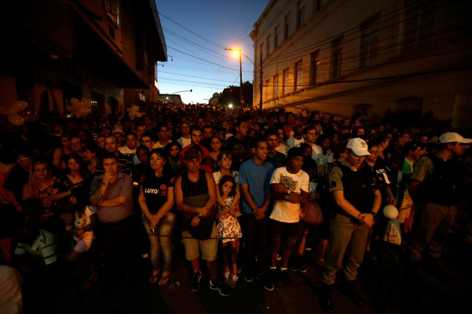 Brazil in mourning after deadly nightclub fire