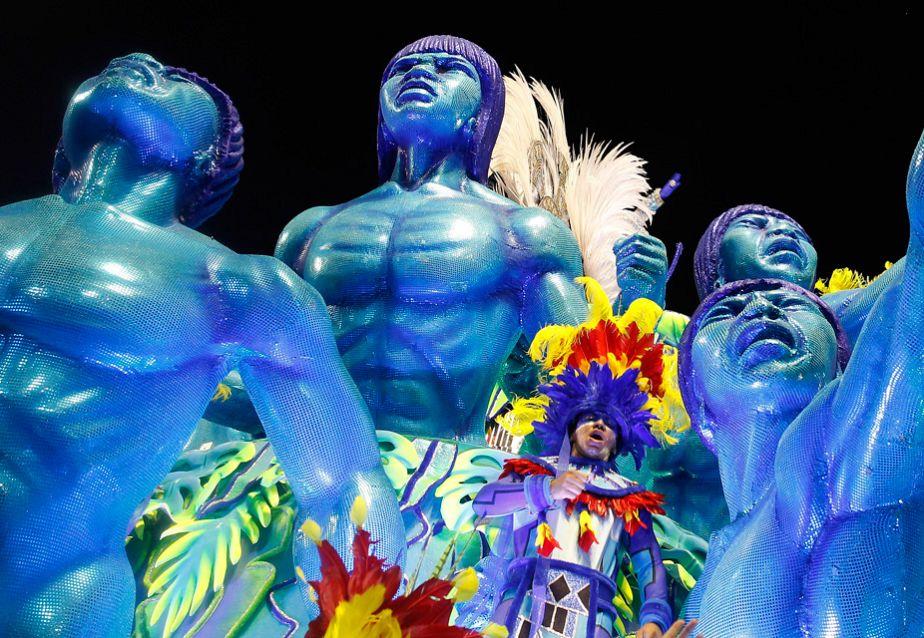 Carnival fevergrips Rio de Janeiro
