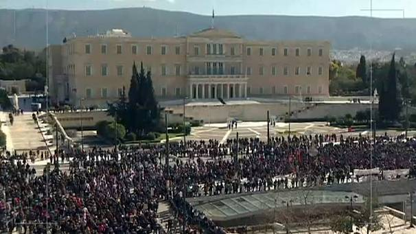 Another austerity strike paralyses Greece