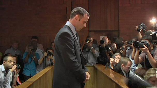 Pistorius family cheers as paralympic star set free on bail