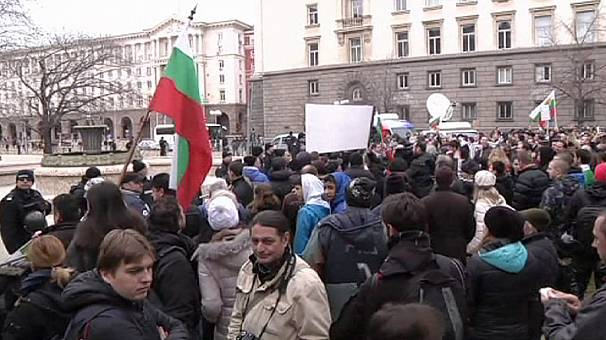 Resignation of government fails to stop Bulgaria protests