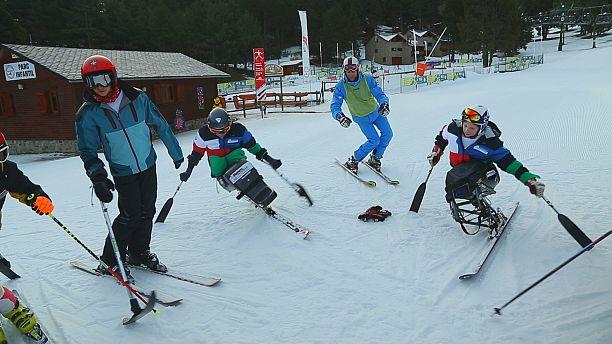 Des skis à la place des jambes