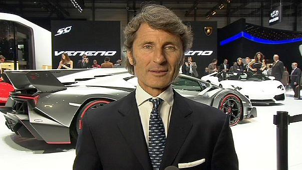 Cenevre'de Lamborghini rüzgarı esti