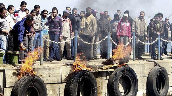 Drame de Port-Saïd: des manifestants cherchent à perturber le trafic du canal de Suez