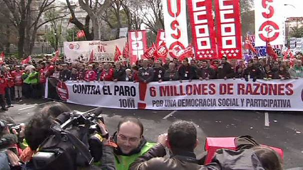 Tens of thousands march throughout Spain