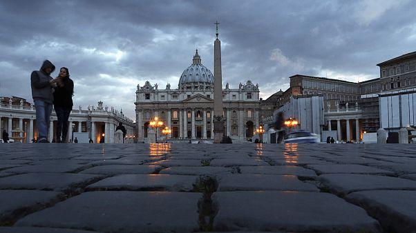 A la recherche d'un pape à la fois pasteur et manager