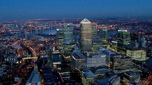 British government holds firm on bank reform