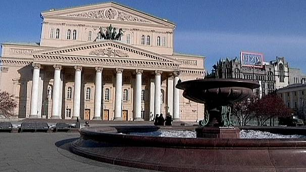 Bolshoi staff rally in support of alleged acid attacker