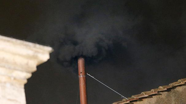 Vatican: first smoke black, no Pope yet