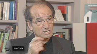 """Jean-Paul Fitoussi: """"Para salvar o euro é preciso criar as euro obrigações"""""""