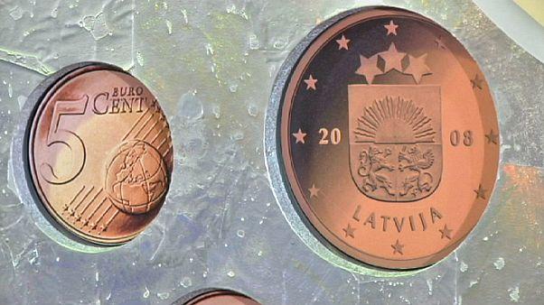 Letónia quer aderir ao Euro