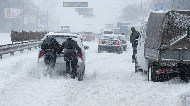 Emergency declared in Kiev cold snap