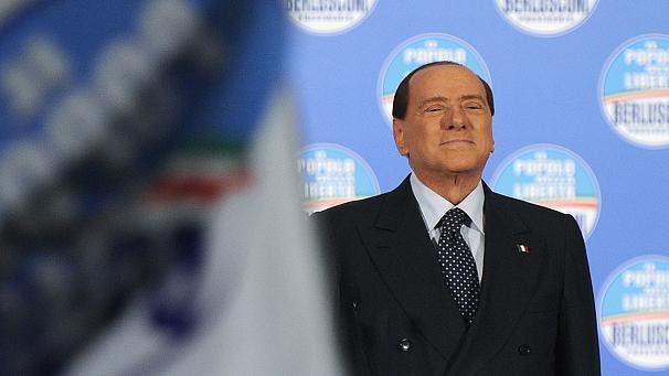Berlusconi calls for snap vote if no government deal reached