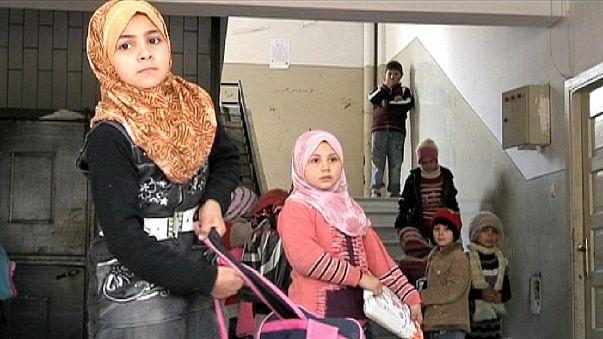 Bomben statt Schule: Syriens verlorene Jugend