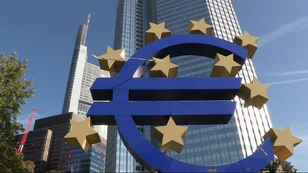 Eurozone outlook still gloomy as others recover