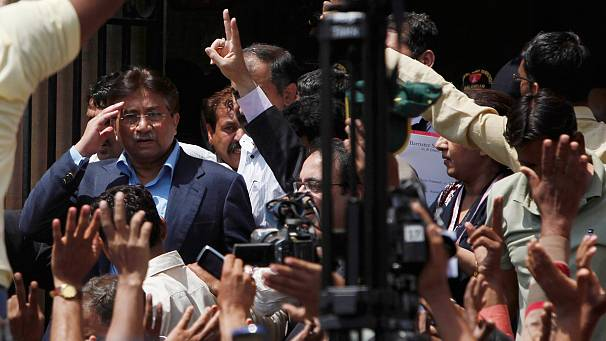 Pakistan's Musharraf granted bail to run in election