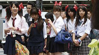 Σχολικές στολές: Αναχρονιστικές ή κομμάτι της μόδας;
