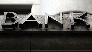 Los límites a los bonos de los banqueros
