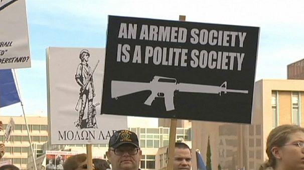 """Obama apela ao Senado a pôr fim ao """"conflito"""" sobre controlo da venda de armas"""